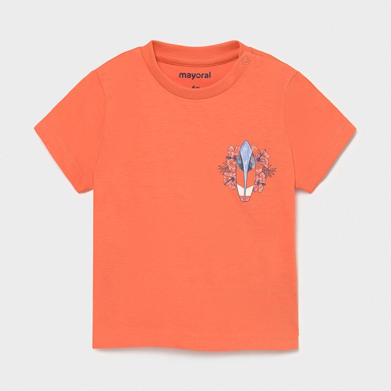 Camiseta surf Ecofriends bebé niño. Cuello redondo. Cierre con botones en los dos hombros. Tejido 100% algodón. Elementos de adorno.