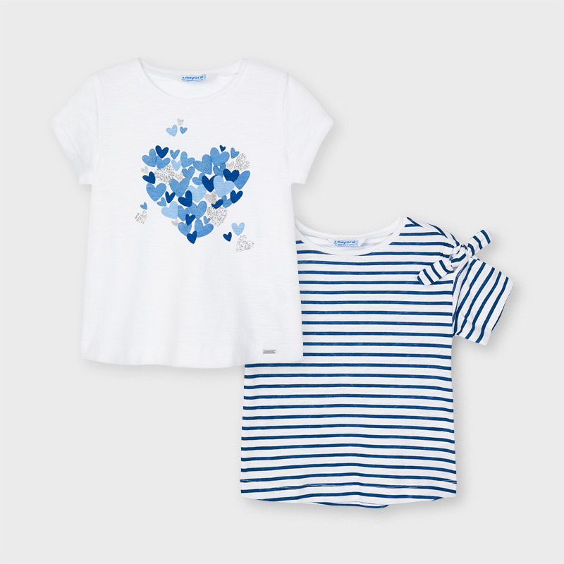 Set de 2 camisetas manga corta niña Mayoral. Diseño clásico, ideales para completar cualquier conjunto. Rayas y blanca con adorno.