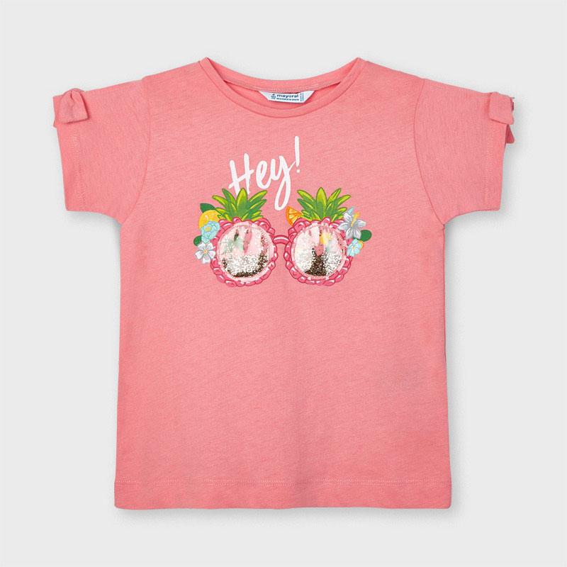Prenda ECOFRIEND 100% algodón sostenible(BCI). Camiseta de manga corta para niña de 2 a 9 años con detalles al tono. Cuello redondo. Suave tejido de algodón elástico. Elementos de adorno: gafas con purpurina que se mueve, les encanta a las peques. delantera.