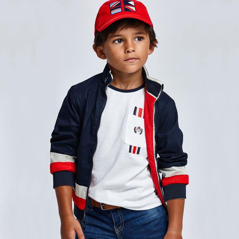 Camiseta manga corta combinada ECOFRIENDS niño. Camiseta de manga corta para niño con detalles a contraste. Bolsillo funcional lateral.