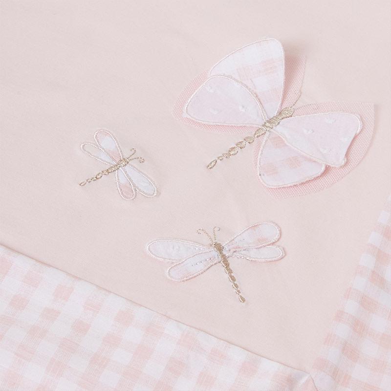 Arrullo borde contraste bebé rosa. Textura suave, con múltiples usos para el bebé. Fondo rosa ribeteada cuadros Vichy, libélulas adorno